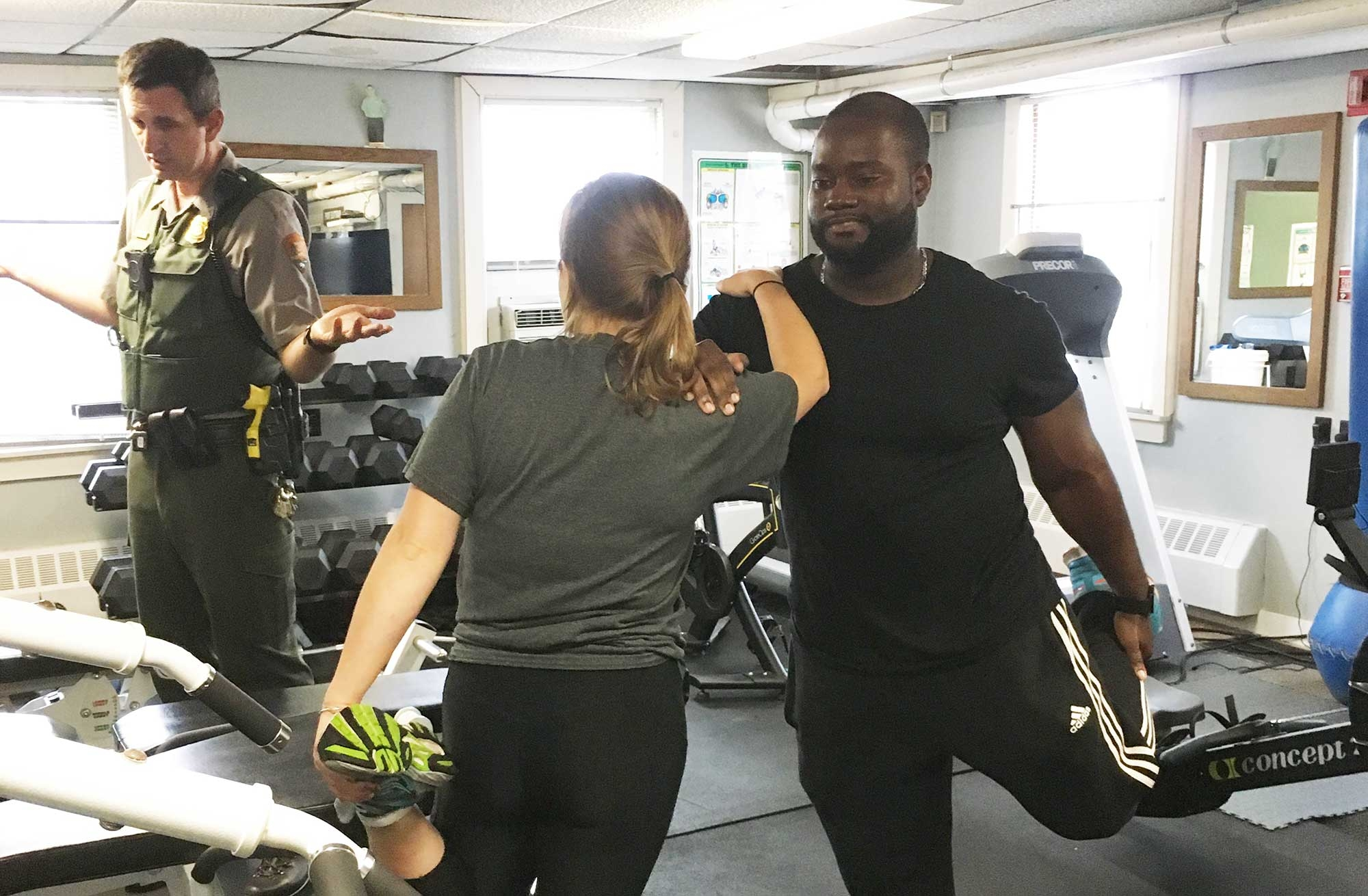 Image of ABSN students working out with Parks Services employees